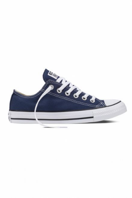 Chuck Taylor Classic Low Top